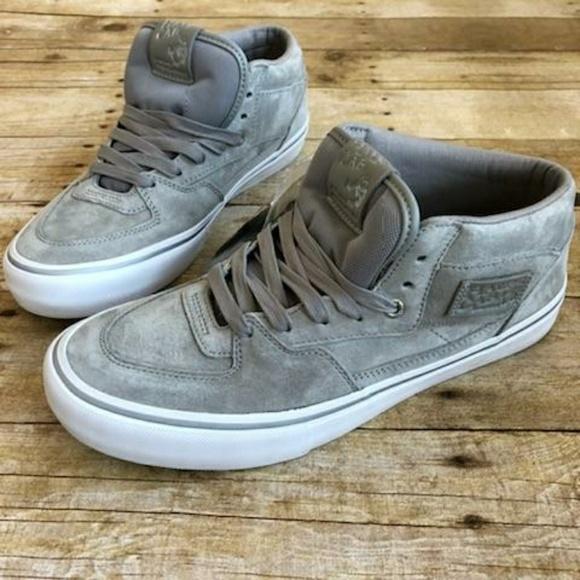 d6fbb0c3bde Vans (NEW) half cab skate shoes sz 10
